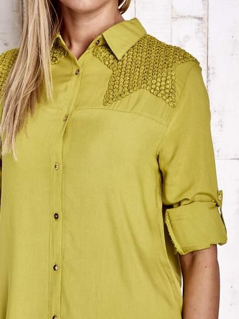 Zielona koszula z aplikacją gwiazd na ramionach                                  zdj.                                  6