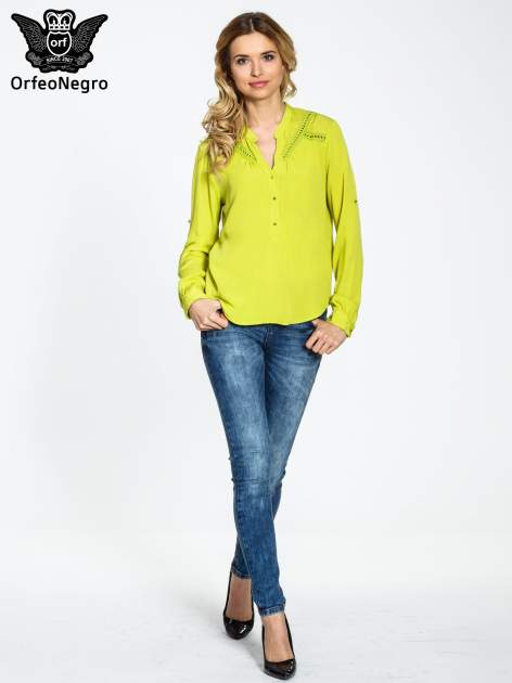 Zielona koszula z ażurowaniem na górze                                  zdj.                                  4