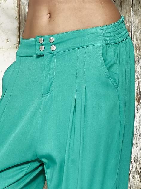 Zielone spodnie alladynki z bocznymi kieszeniami FUNK N SOUL                                  zdj.                                  5