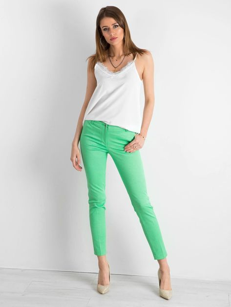 Zielone spodnie damskie o prostym kroju                              zdj.                              4