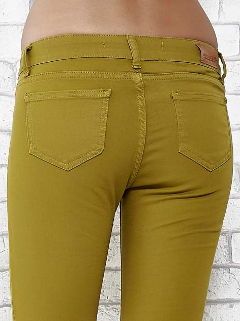 Zielone spodnie typu skinny z elastycznego materiału                                  zdj.                                  6