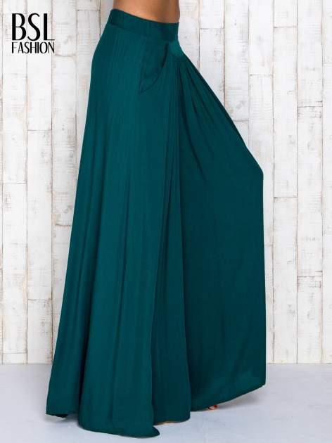 Zielone zwiewne spodnie typu culottes                                  zdj.                                  3