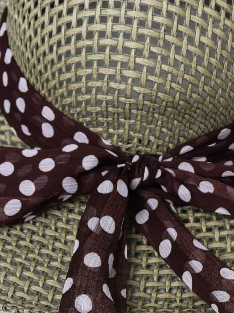Zielony kapelusz słomiany z dużym rondem i apaszką w grochy                                  zdj.                                  7