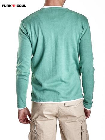 Zielony sweter męski w serek Funk n Soul                                  zdj.                                  6