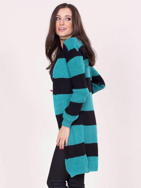 Zielony sweter w pasy                              zdj.                              3