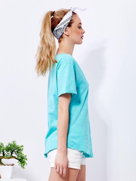 Zielony t-shirt basic z podwijanymi rękawami                              zdj.                              3