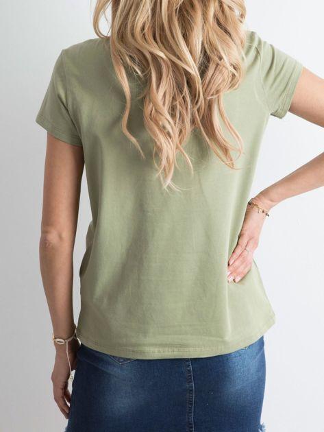 Zielony t-shirt z nadrukiem                              zdj.                              2