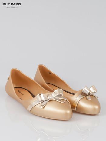 Złote gumowe baleriny Wonder z metaliczną kokardką
