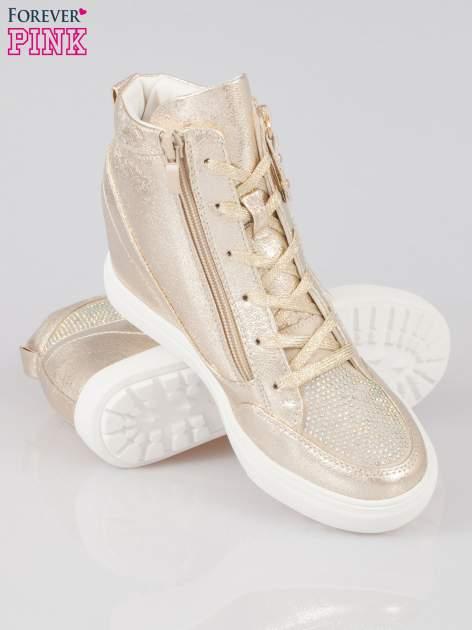 Złote sneakersy damskie z kryształkami                                  zdj.                                  4