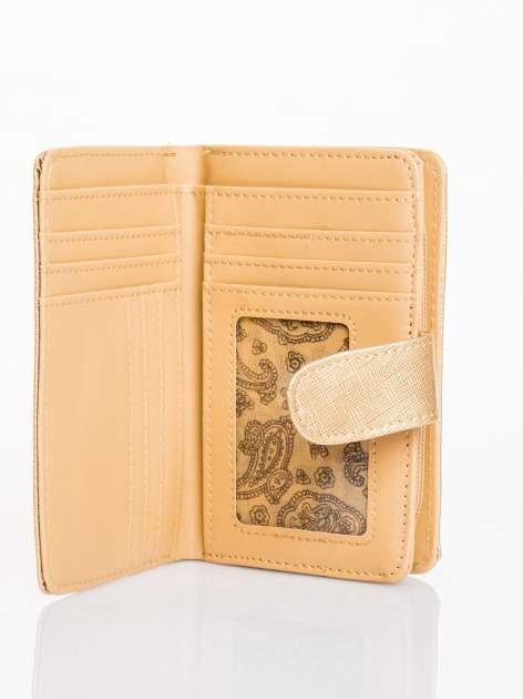 Złoty portfel efekt skóry saffiano                                  zdj.                                  3