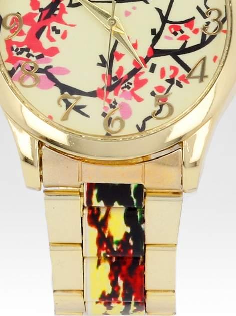 Złoty zegarek damski na bransolecie z motywem roślinnym                                  zdj.                                  5