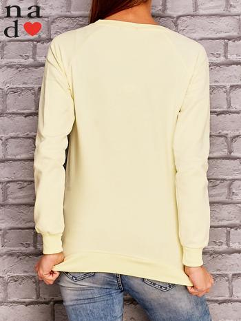 Żółta bluza z napisem CHCĘ PSOCIĆ                                  zdj.                                  2