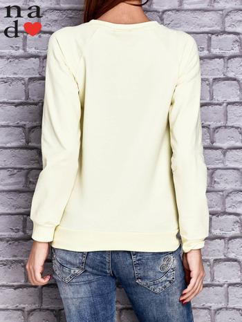 Żółta bluza z napisem MŁODA PIĘKNA NIEWYSPANA                                  zdj.                                  4