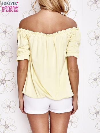 Żółta bluzka z hiszpańskim dekoltem                                   zdj.                                  4