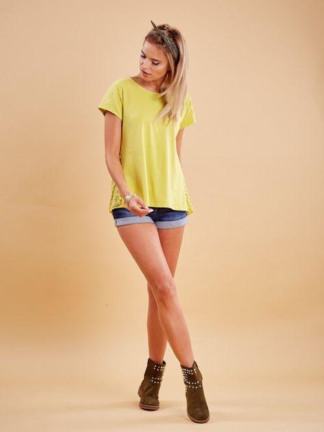 Żółta bluzka z koronkową wstawką na plecach                              zdj.                              4