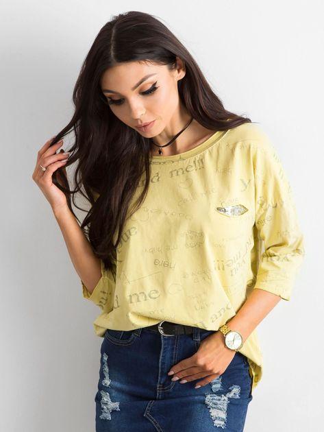 Żółta bluzka z napisami                              zdj.                              1