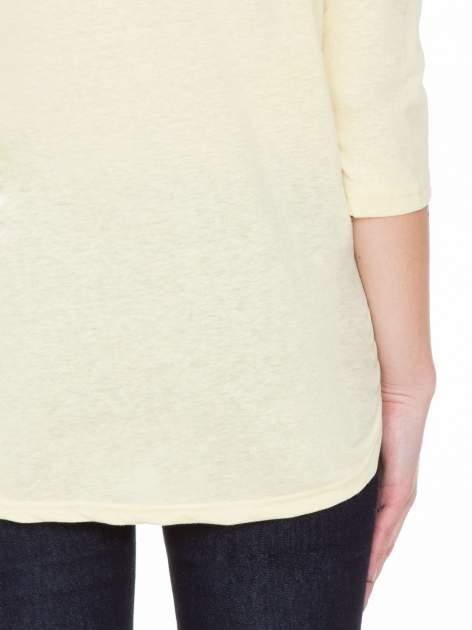 Żółta gładka bluzka z ozdobnymi przeszyciami                                  zdj.                                  8