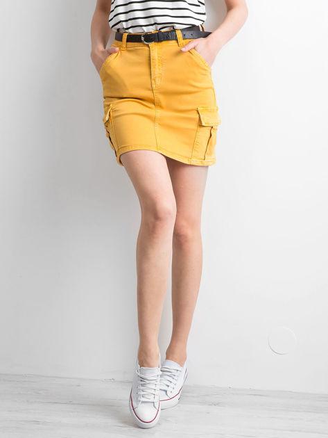 Żółta jeansowa spódnica z kieszeniami                              zdj.                              5