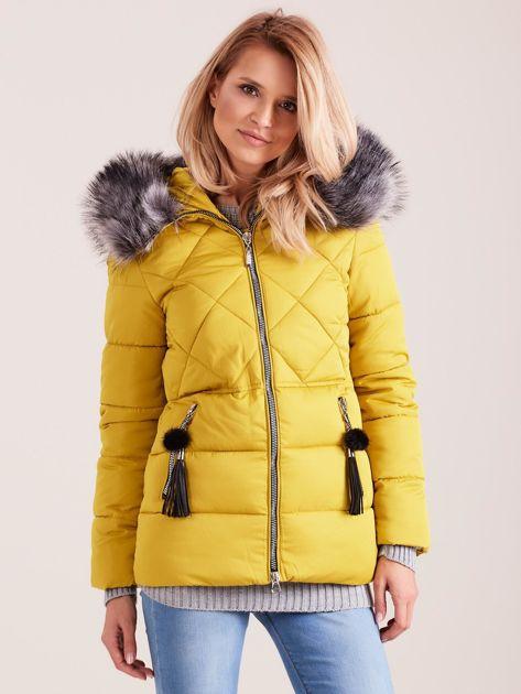 Żółta kurtka zimowa z futerkiem                              zdj.                              1