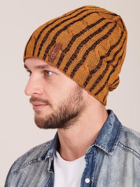 Żółta męska zimowa czapka w warkocze                              zdj.                              2