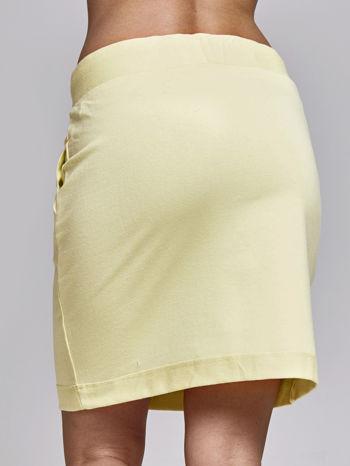 Żółta spódnica dresowa z kieszeniami                                  zdj.                                  5