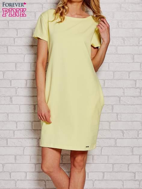 Żółta sukienka dresowa z kieszeniami                                  zdj.                                  1