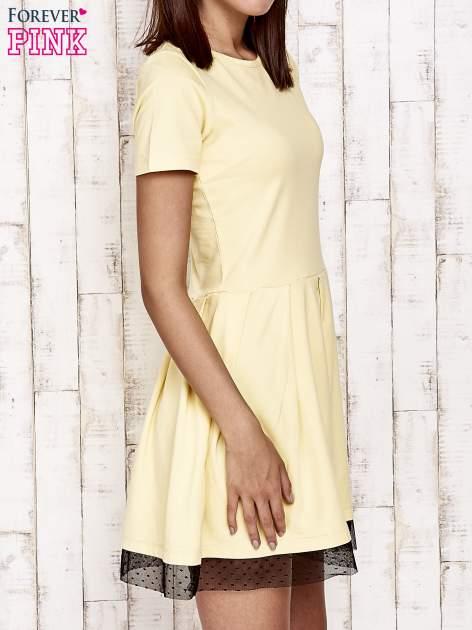 Żółta sukienka dresowa z tiulem w groszki                                  zdj.                                  3