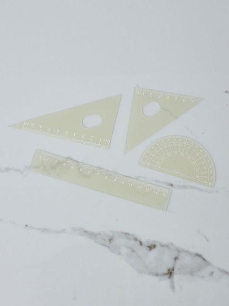 Żółte przybory geometryczne                              zdj.                              4