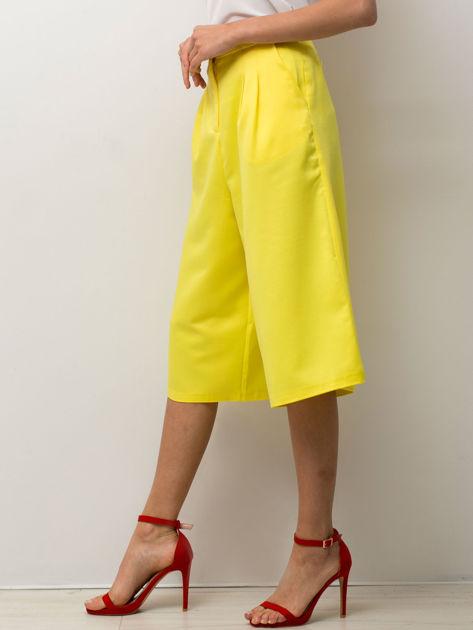 Żółte spodnie typu culottes                              zdj.                              3