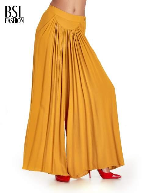 Żółte zwiewne spodnie typu culottes                                  zdj.                                  1