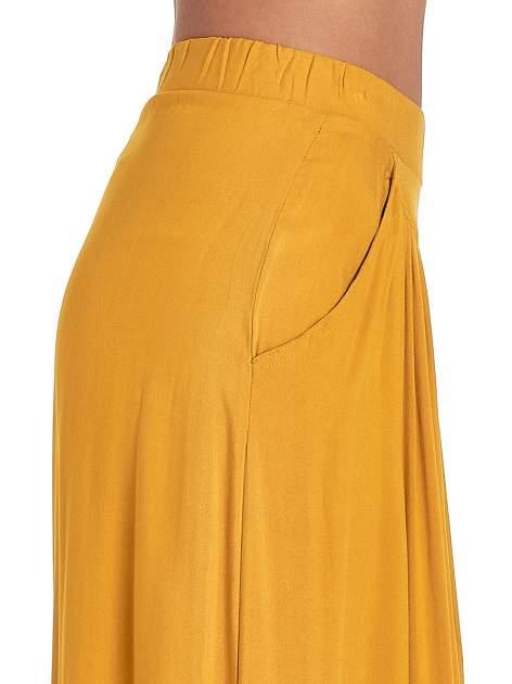 Żółte zwiewne spodnie typu culottes                                  zdj.                                  4