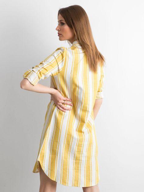 Żółto-zielona sukienka szmizjerka w paski                              zdj.                              2