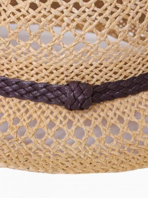 Żółty damski kapelusz kowbojski z ciemną plecionką                                  zdj.                                  9