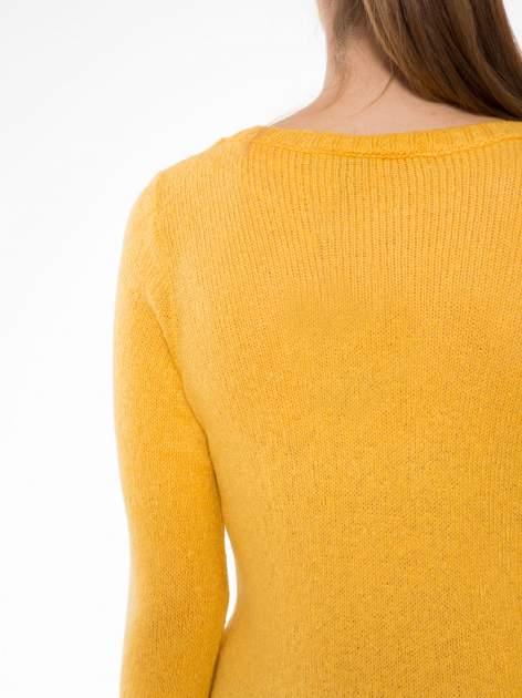 Żółty sweter z nadrukiem pieska                                  zdj.                                  5