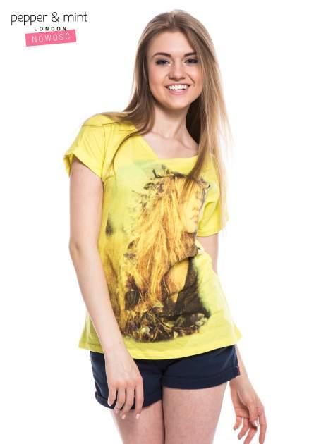 Żółty t-shirt z nadrukiem dziewczyny