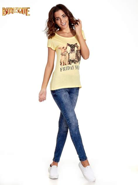 Żółty t-shirt z nadrukiem szczeniąt                                  zdj.                                  7