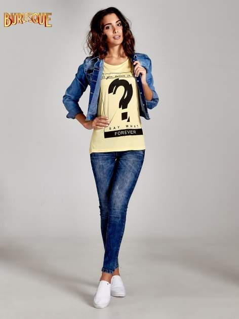 Żółty t-shirt z napisem DO YOU BELIEVE IN LOVE?                                  zdj.                                  2