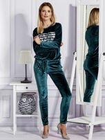 Aksamitne spodnie dresowe ciemnozielone                                  zdj.                                  4