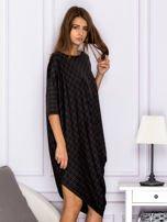 Asymetryczna sukienka nietoperz w kratkę brązowa                                  zdj.                                  3
