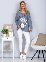 Bawełniana bluzka z nadrukiem kwiatów szara                                  zdj.                                  4