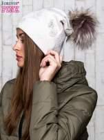 Beżowa czapka z srebrnym nadrukiem i pomponem                                  zdj.                                  2