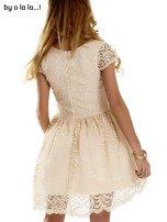 Beżowa koronkowa sukienka z siateczkową wstawką BY O LA LA                                  zdj.                                  6