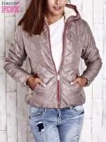 Beżowa pikowana kurtka z futrzanym ociepleniem                                   zdj.                                  1