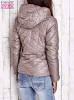 Beżowa pikowana kurtka z futrzanym ociepleniem                                   zdj.                                  2