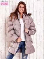 Beżowa pikowana kurtka z futrzanym wykończeniem kaptura                                                                          zdj.                                                                         5
