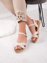 Beżowe sandały BELLO STAR na podwyższeniu z paskami na krzyż                                  zdj.                                  4