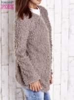 Czarny futrzany sweter kurtka na suwak