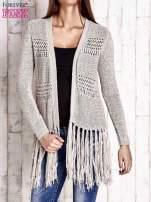 Ecru sweter w stylu boho