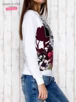 Biała bluza z motywem kwiatowym i napisem                                  zdj.                                  3