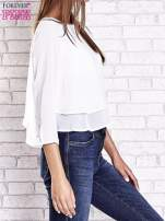 Biała bluzka koszulowa z biżuteryjnym dekoltem                                                                          zdj.                                                                         4
